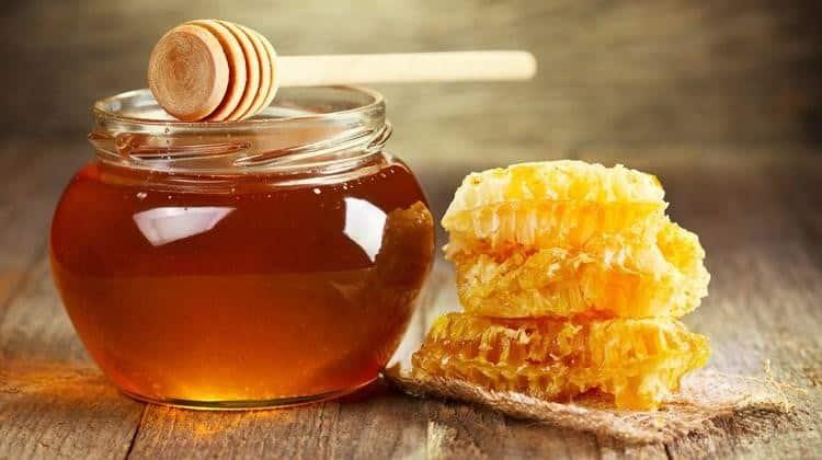 làm đẹp da bằng mật ong nguyên chất