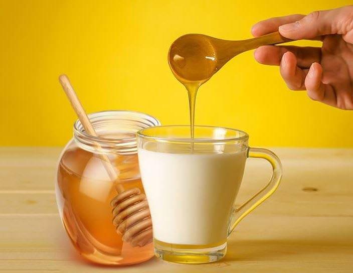làm đẹp da bằng mật ong và sữa tươi