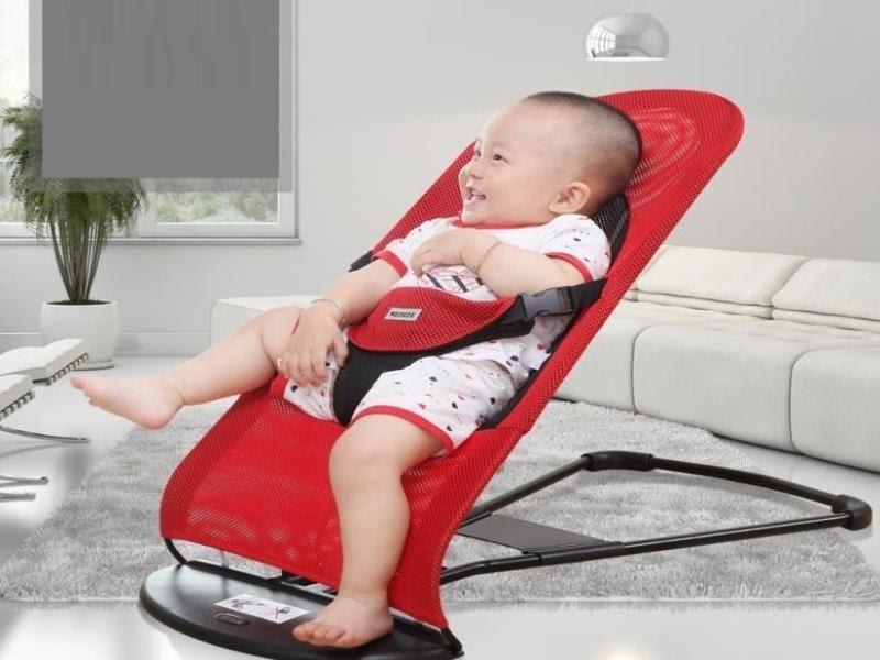 Sử dụng ghế nhún cho bé có tốt không?